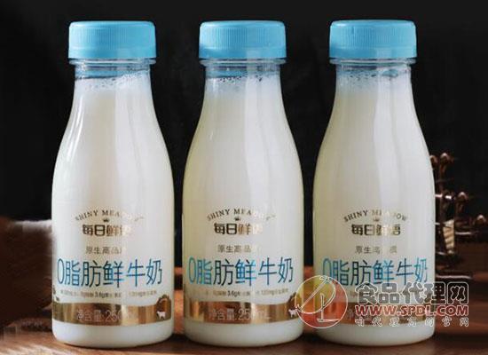 蒙牛0脂肪鮮牛奶