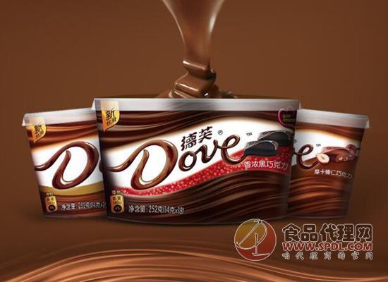 德芙黑白夾心巧克力
