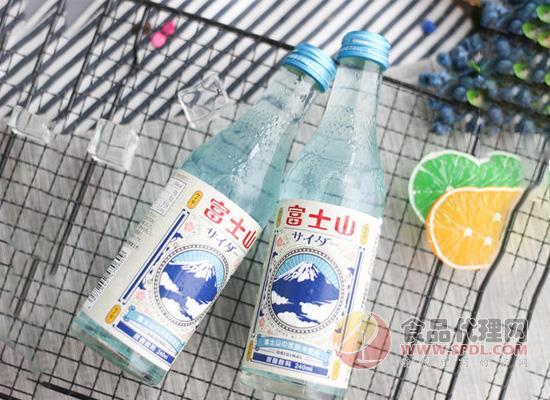 富士山苏打汽水图片