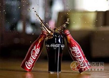 孩子喝碳酸饮料影响身体发育