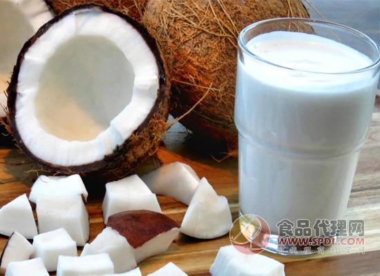 """椰奶原来不是""""奶"""",牛奶的营养它替代不了!"""