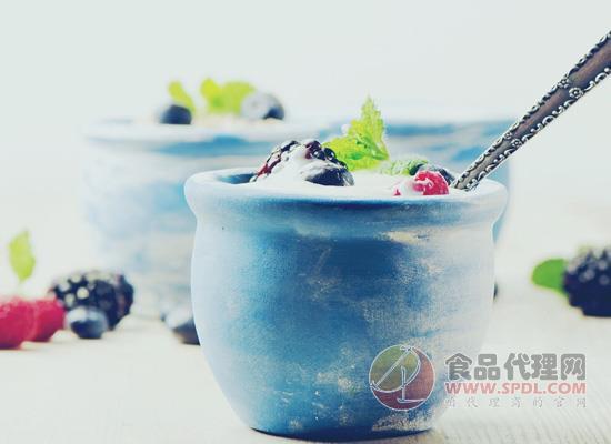 女性喝酸奶有哪些重要的好处?