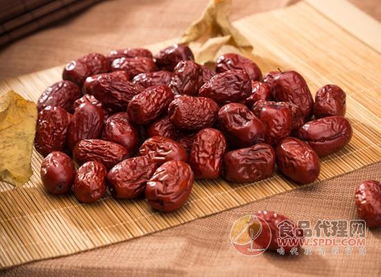 凭借红枣的功效之多,红枣的食用方法开始引人关注!