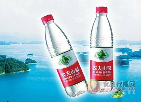 为什么农夫山泉瓶装水比较受欢迎,仅仅是因为有点甜吗?