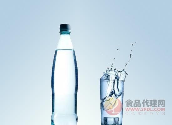 瓶装纯净水标准有哪些?规范化市场成为发展重点