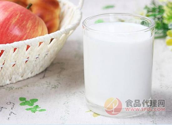 纯牛奶什么时候喝比较好?选对时间才能吸收更多营养!