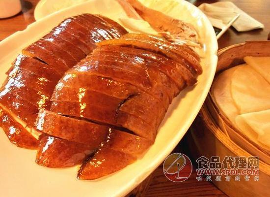 北京烤鸭也可以自己做,家庭版北京烤鸭的做法解析