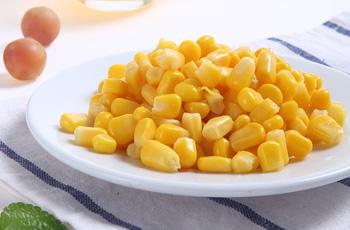 鲜嫩玉米罐头