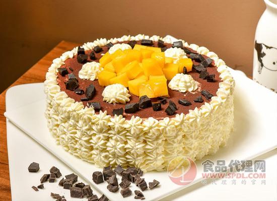 奶油蛋糕:奶油与蛋糕相加,等于热量较高的美食!