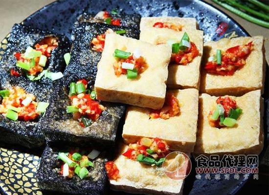 闻着臭吃着香,长沙臭豆腐的做法了解一下!