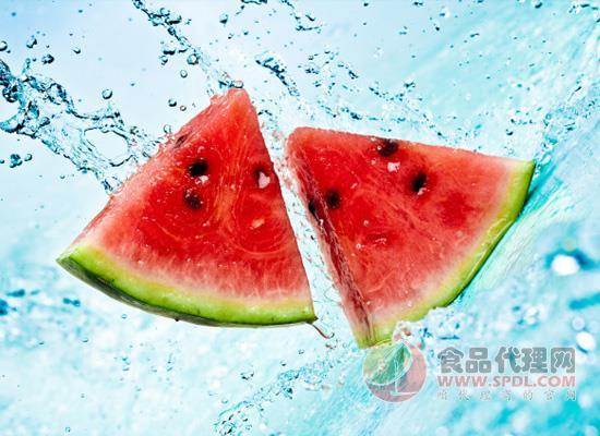 水果营养虽多,但这几样水果不宜在冬季吃!