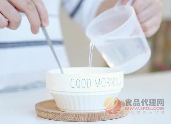 婴儿米粉怎么吃才好?水温决定冲调米粉的营养高低!