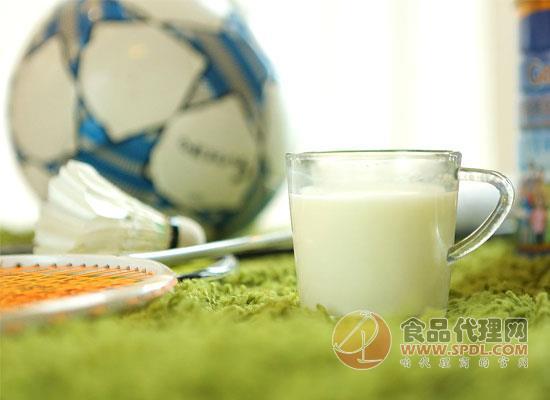 浅谈学生奶粉的营养价值,给孩子全方面的呵护和关怀