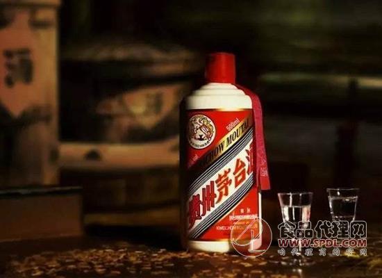 低档白酒冒充高档白酒,让茅台五粮液都开始怀疑自己了!