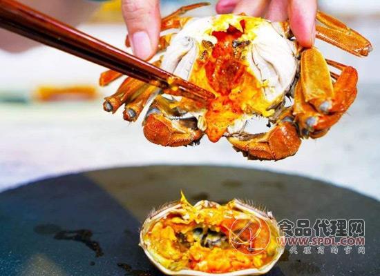 蟹膏和蟹黄的区别有哪些?为何大家会深陷吃螃蟹的热潮里!
