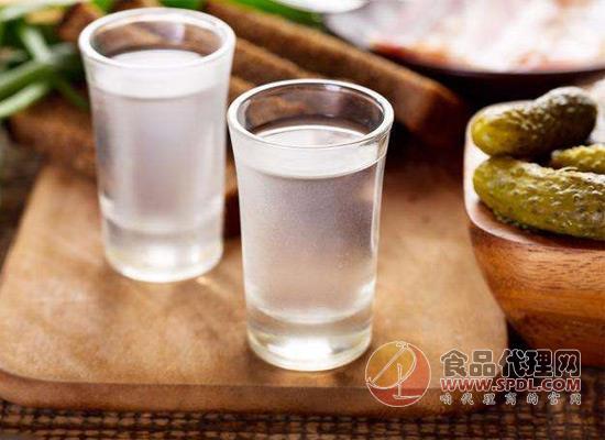 科普白酒安全小知识:白酒酒体变浑浊可能和温度有关!