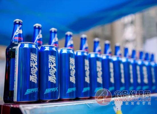 华润啤酒2018销量增长,进军高端啤酒市场是挑战还是机遇?