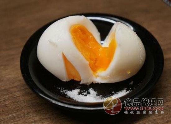鸡蛋吃得太多风险越高,美媒:吃鸡蛋要适度
