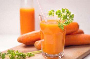 現榨胡蘿卜汁