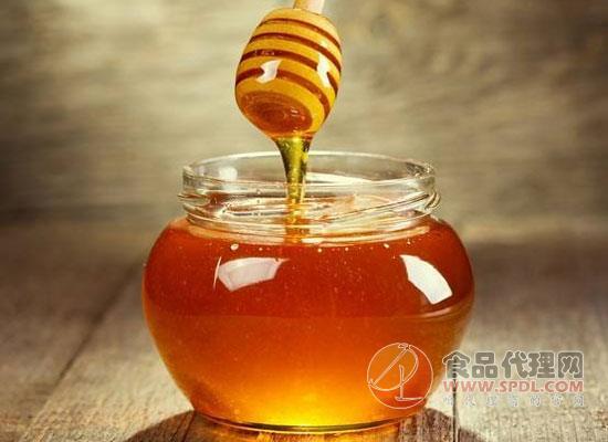 生活中如何鑒別蜂蜜的真假,四種方法教你認清蜂蜜的真假面目