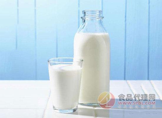 盘点全脂牛奶和脱脂牛奶的区别,让你重新认识这两种牛奶