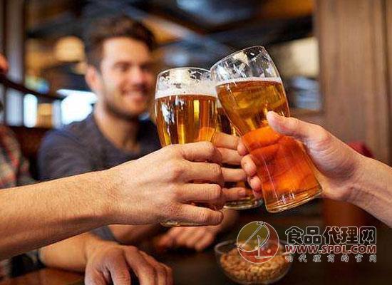 喝啤酒拉肚子的原因是什么?如何解决这个问题?