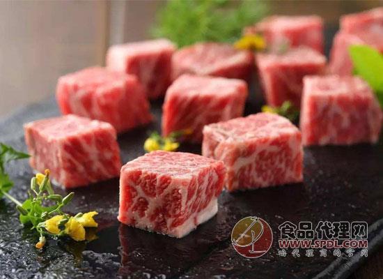 泛绿光的牛肉还能吃吗?看看专家是怎么说的