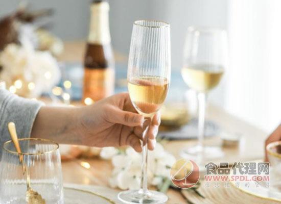 葡萄酒杯的材质有哪些?看过你就知道!