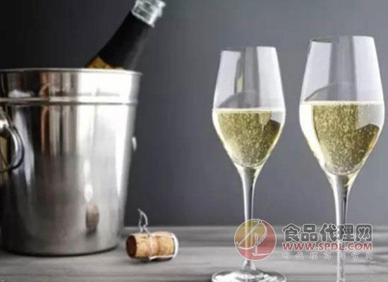 葡萄酒杯的杯型有哪些?选择合适的酒杯很重要