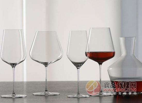 葡萄酒杯有哪些特点?怎么挑选更方便?