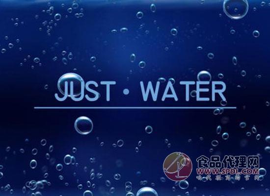PathWater瓶装水另辟蹊径,环保包装渐成潮流