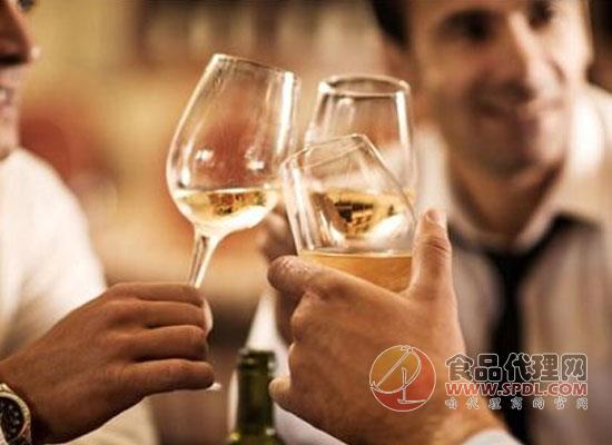 """喝酒不会对人体产生伤害?饮酒""""安全阈值""""竟是假象!"""