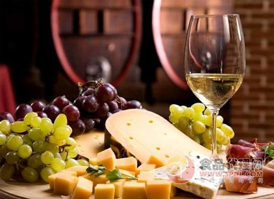 葡萄酒不能与哪些食物同食?很多人都做错了