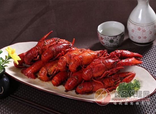 小龙虾价格持续降低,吃货们离小龙虾自由很近了!