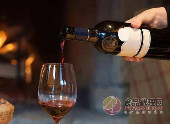 紅酒好喝又健康,該怎么倒酒你知道嗎?