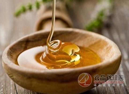 蜂蜜种类那么多到底要怎么挑选蜂蜜呢