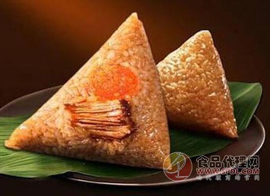吃粽子不能随性,大伯因贪吃两只大粽导致血糖飙升