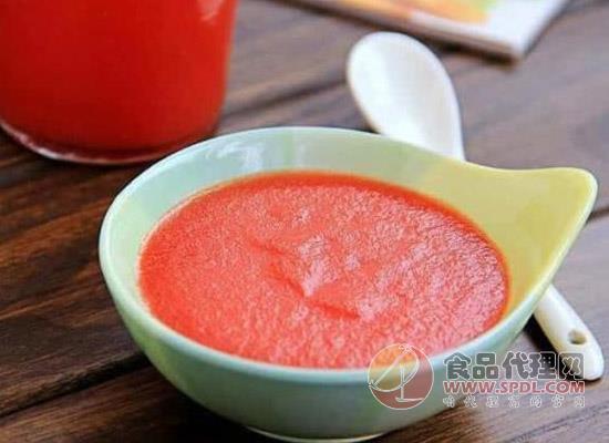 看这几种番茄酱的食用方法,教你挑对番茄酱