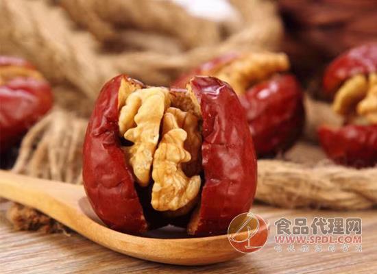 鑫仁和红枣夹核桃价格是多少,香甜可口营养丰富