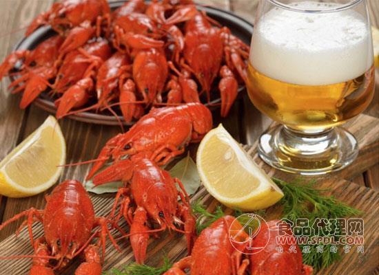 啤酒和什么食物更搭,这几种搭配堪称一绝