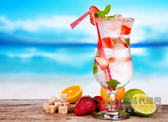 夏季經常吃冷飲降溫,吃冷飲注意什么問題