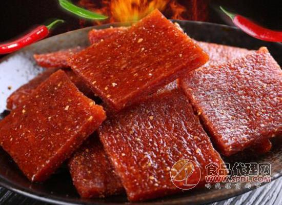 卫龙亲嘴烧大礼包味道好吃吗,鲜辣无比层层美味