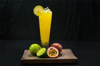 柠檬百香果汁