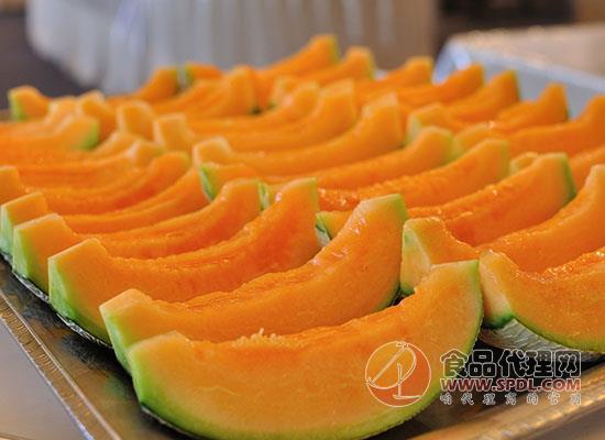 过了夜的哈密瓜还能吃吗,哈密瓜可以放进冰箱保存吗