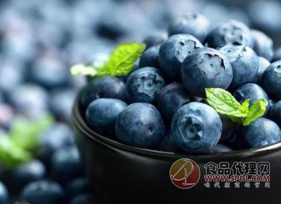 蓝莓吃多了会上火吗,吃蓝莓好处在哪