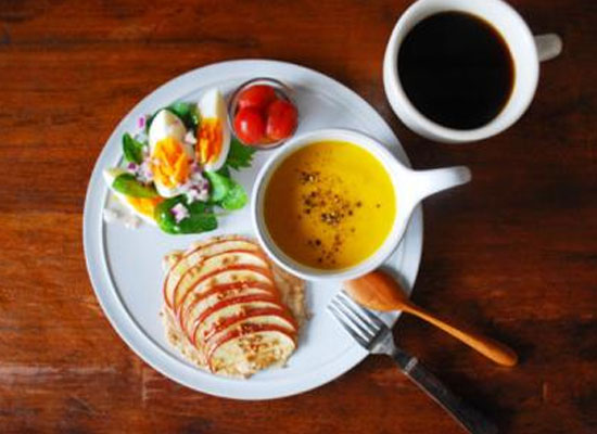 專家呼吁:養成健康飲食習慣要從小做起