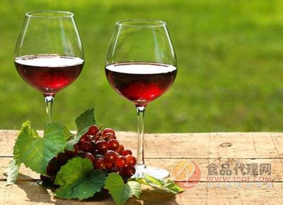調查顯示,英國人更喜歡葡萄酒而不是啤酒