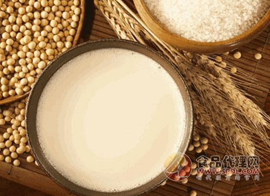 女人每天喝豆浆好吗,空腹饮用豆浆好吗