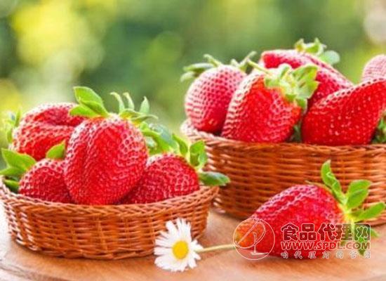 冻了的草莓解冻还能吃吗,冻草莓怎么做