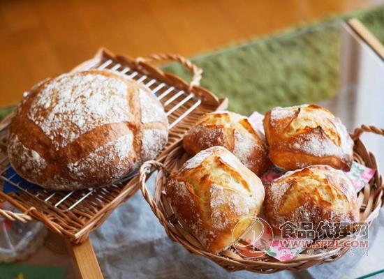 常见的面包分类有哪些,多种口感任君挑选